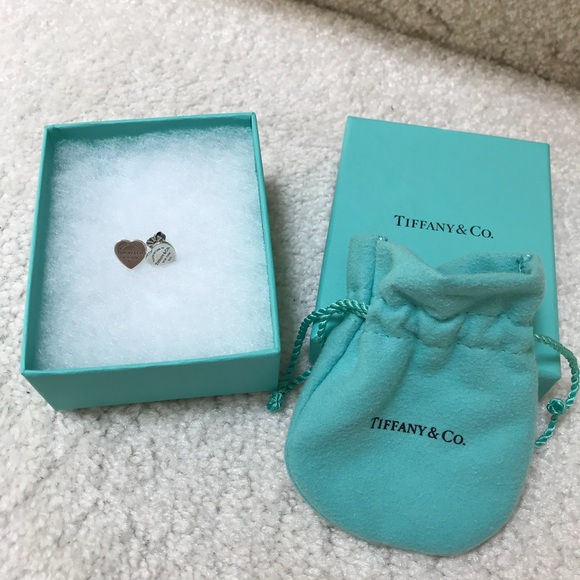 865f13d0d Return to Tiffany Mini Heart Tag Earrings ⭐ . M_5b12fc1a819e909d9f2964d0